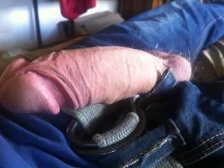 mmmmm....i'd love to see it cumming a big load