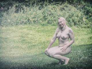 Love getting naked in the great outdoors! Looking for someone to join me.....