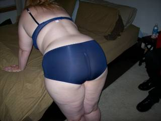 Lupo\'s wife bending over the bed before we got down to fucking and sucking while her cuckold hubby watched
