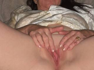 Wife getting her pussy wet