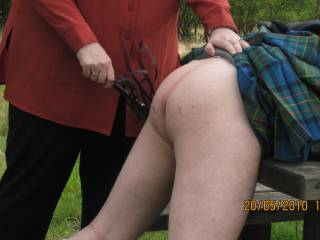 loved to receive an outdoor whipping from your hands! :-) great hot fun!!
