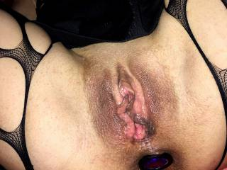 We love to take this kind of photos during our sex sessions, with her pussy widespread after some beating.