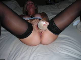omg yes need some help playing with your hot pussy