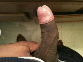 wow man bet that dick head has a great scent when that foreskin is pulled back like that...