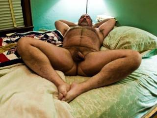 That big beautiful hairy body makes me want to cum right now and make you cum!