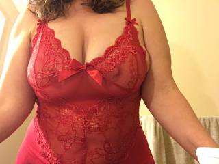 Wife's tits spilling out