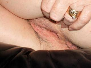 great quolity pic love the grey pubic hair