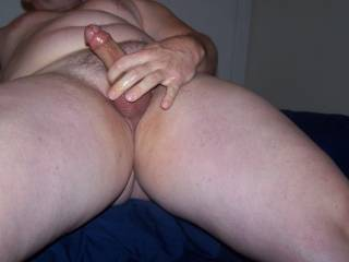 mmm, wanna suck that cock and lick those balls for you