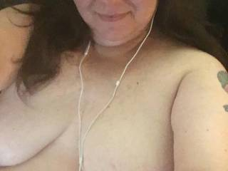 Friend of mine showing her tits