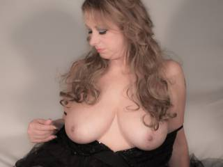 Soft focus on my soft full boobs...Hope you like them....