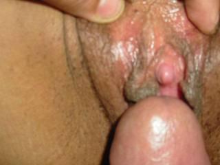 mi verga en el clitoris de mi novia