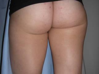 anyone wanna smack that ass??