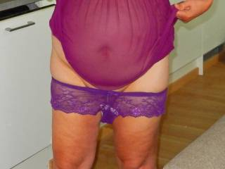 Pulling down my knickers