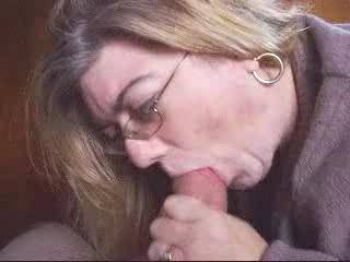what a wonderful woman.  thats the way a blowjob should be given...