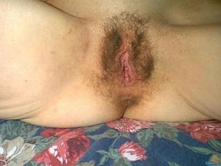 Great looking pussy, needs to be filled with cock!