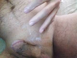 Will you lick my cum off of my sticky fingers 😏👅👅👅