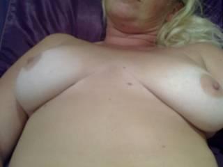 hope you all like my big natural tits. xxx