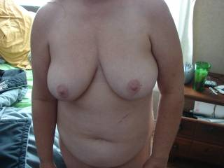 You look so sexy naked!  Would love to see the other side..as I'm sure other asslovers would!