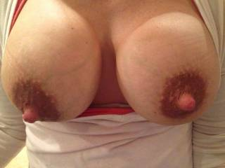 Those big tits are really amazing! Wanna lick and suck your hard nipples, yummy!