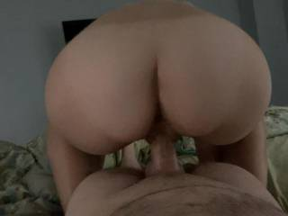 What a ass, love to stretch the wife's pussy with my phat cock
