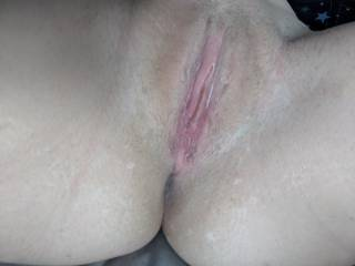 I love up to a dick in my pussy, morning sex with hubby is great 😍 who would wanna join?