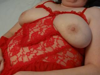 I love this lingerie and her tits