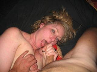 Love it babe wanna get sucked like that, mmmmmmmm omg how hard and deep woulf love to stuff your holes, ty for get me so hard...