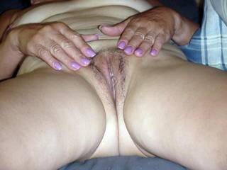 As promised to the guys in the chat room, hubby finally took some pics of pussy. 3 Hope you enjoy. Happy Stroking!
