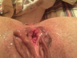 Mmmmmm..love the sticky juices..i want to rub my tongue all on that then rub my cock up and down..ooooooo...then slip into you !