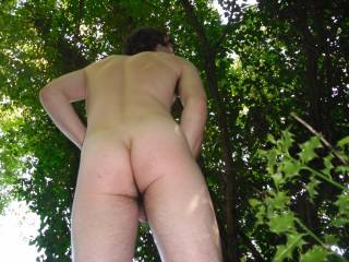 Love to strip off outdoors nd jack my hard cock