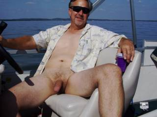 that's a great picture :) would have been fun to spend the day with you on that boat methinks :) Am sure would have cum up with several ideas to spend the day in the  sun hehehe