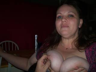 MM i'd love to fuck with them slut tits babe :]