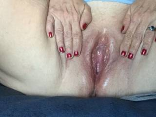 Wife\'s delicious pussy waiting for my hard cock!