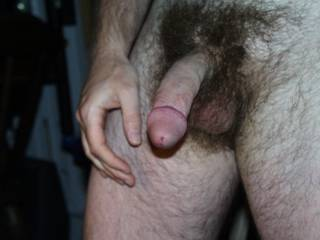 delicious hairy body 'n suckable cock - mmmm