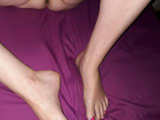 Showing my chubby wife\'s pussy and feet.