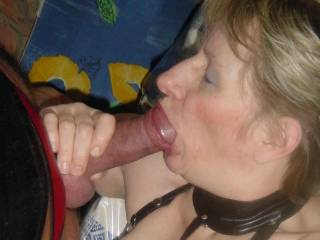I would love that mouth around my cock too.