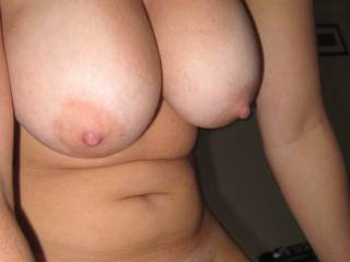 Would love to play with your big boobs and hold my dick between them....mhhh