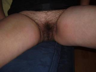 YEAH!  LOVE THE HELL OUT IF HAIRY PUSSIES..