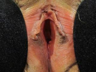 just mouth watering mmmm,like to get my tongue on your clitty and prob your tunnel