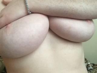 Love your sexy freckles. Nice nipples too.