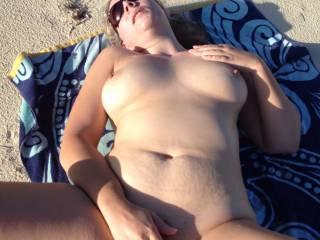 Freshly fucked beach pussy