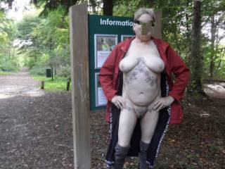 hi all it is surprising what you see when you are out in nature, comments welcome mature couple