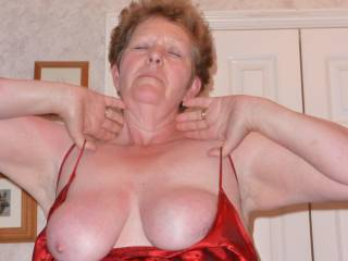 Arnie lets me enjoy her wife Carol entire body.
