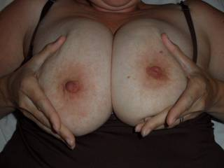 i think that one day i'd love to play with such a beautiful perfect set of boobs like yours