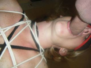 want to see her pussy and  mouth used together