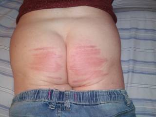 Beautiful, all naughty bottoms should be caned. Nice bum, I like it. xxxxxx,s