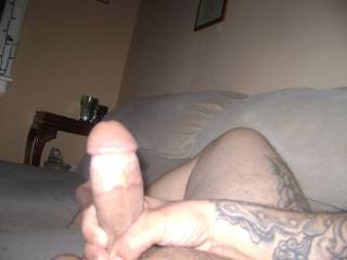 wow what a awsome cock man... oh and that leg too , its hot... very big legs