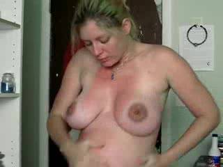She looks great naked....dont know how I missed THIS one!