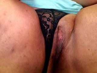 Guys cummings on girls thighs
