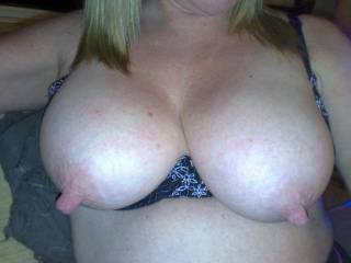 wow  what a great set of nipples...i sure would love to suck and pull on those :)